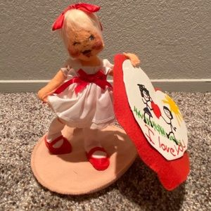 """1994 Annalee Doll 7"""" Girl with I Love You Heart"""